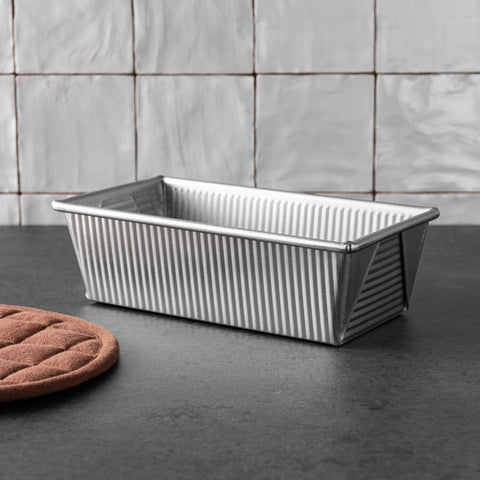 magnolia branded non-stick steel bread loaf pan