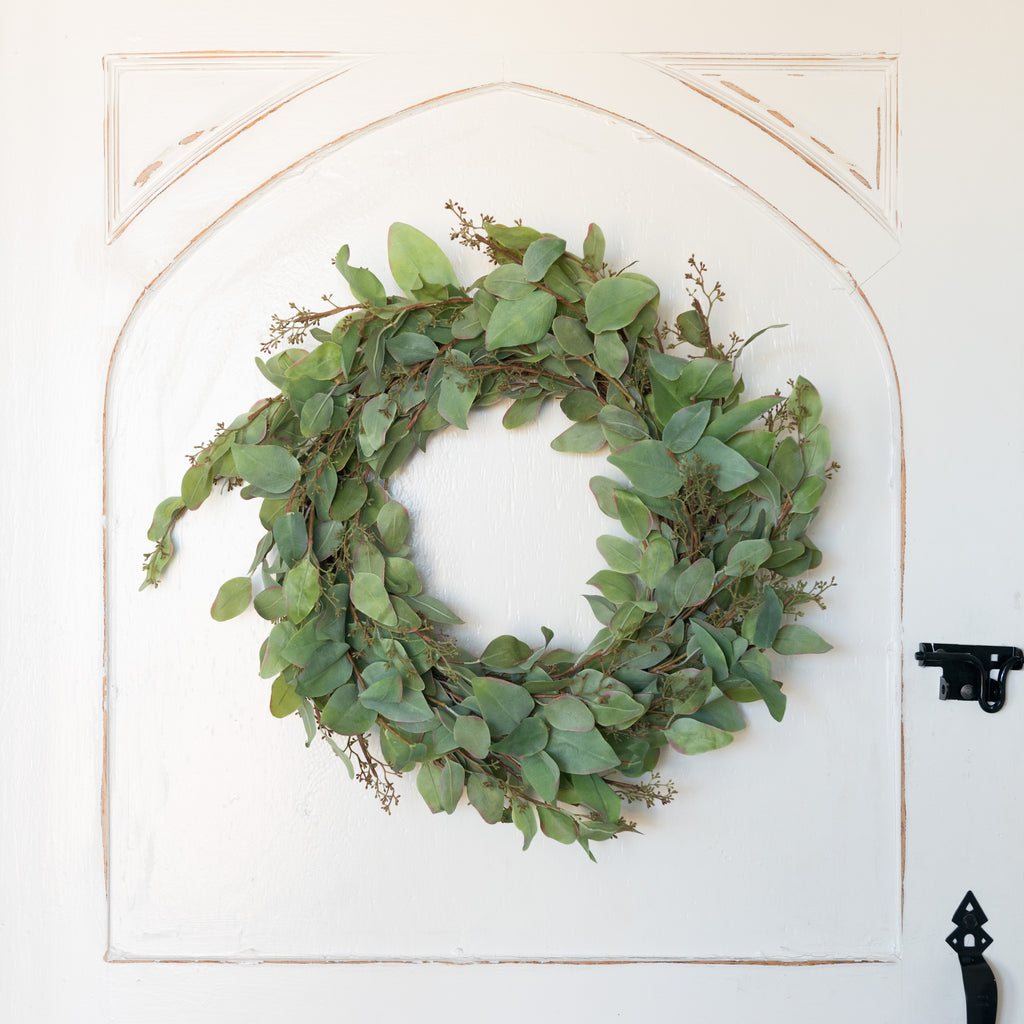 Eve Eucalyptus Wreath Magnolia Chip Amp Joanna Gaines