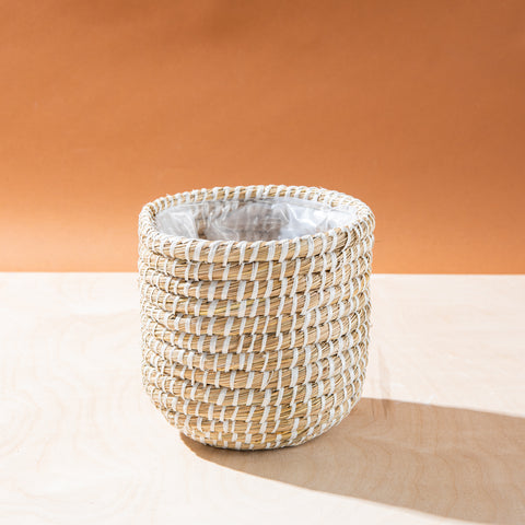 woven seagrass bohemian pot with plastic lining