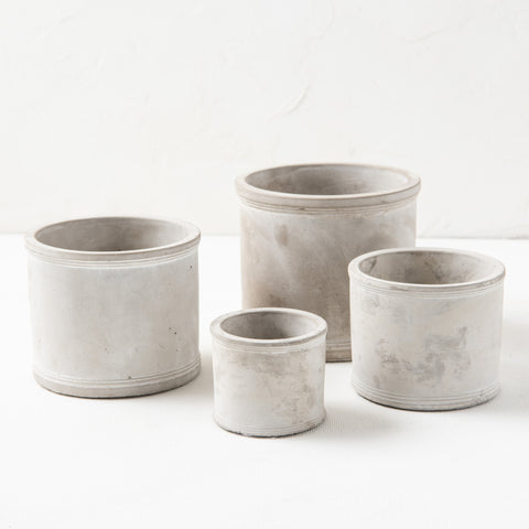 Eve Cement Spool Pot