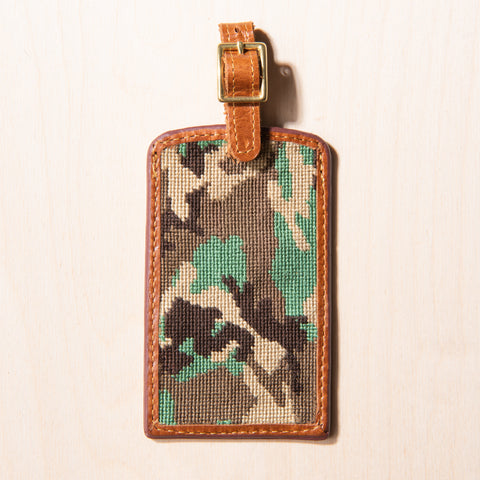 camo patterned nylon and leather luggage tag