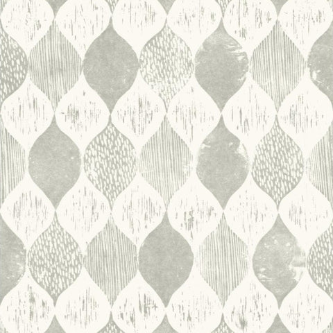 light gray and white wood grain ogee stripe pattern wallpaper