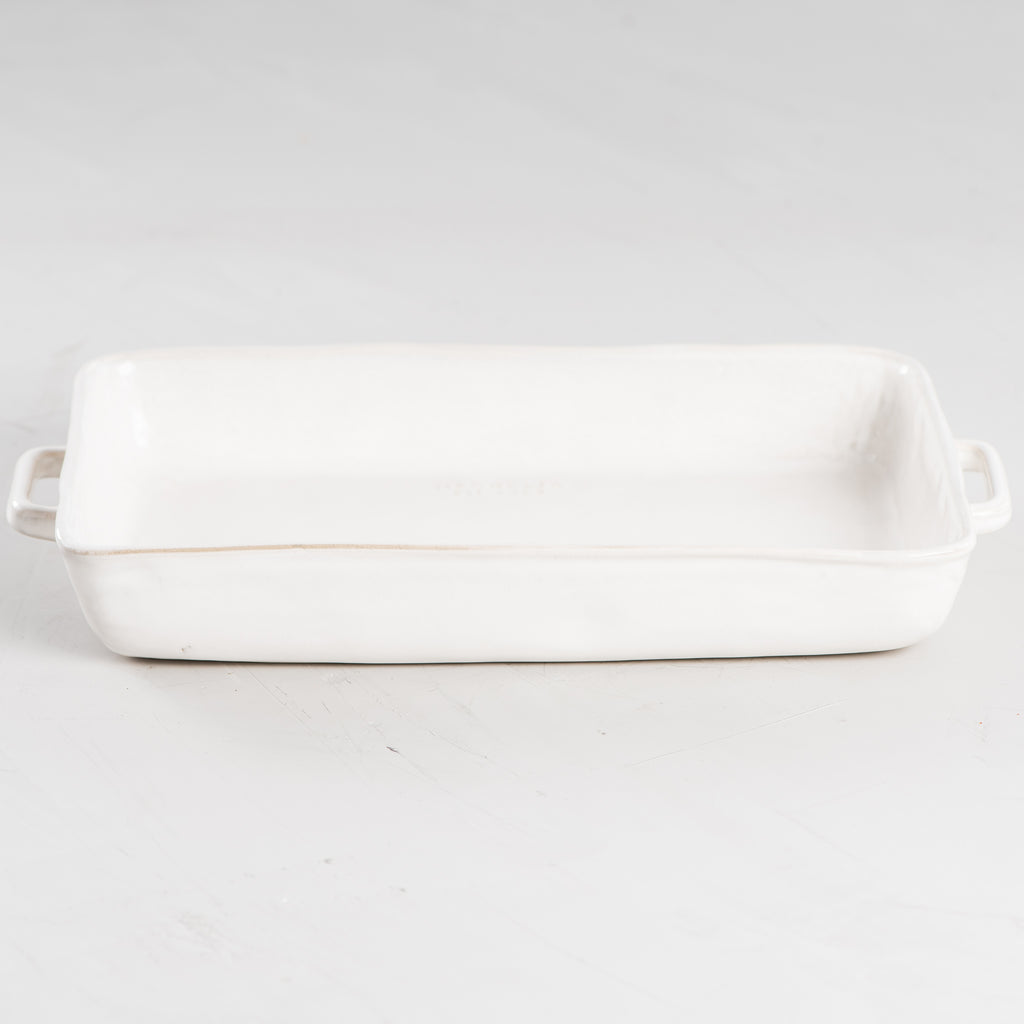 white ceramic rectangular pan