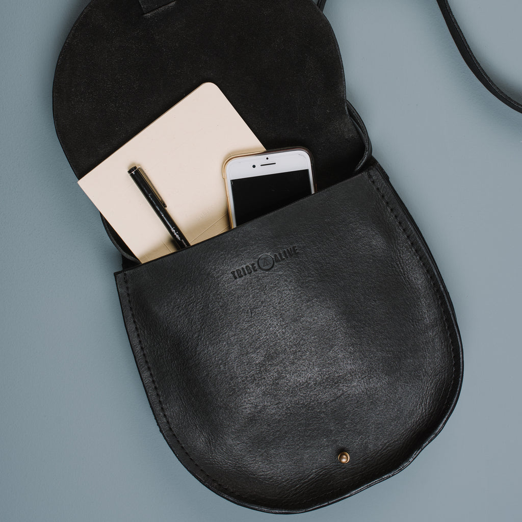 Magnolia Black Elissa Crossbody