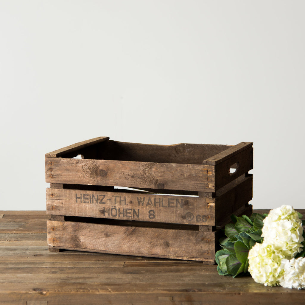 Vintage apple crate magnolia chip joanna gaines for How to make apple crates