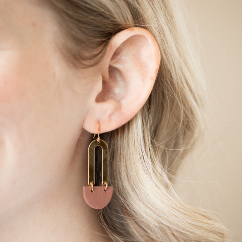 GOLD AND CLAY EARRINGS with modern half-circle split hoops