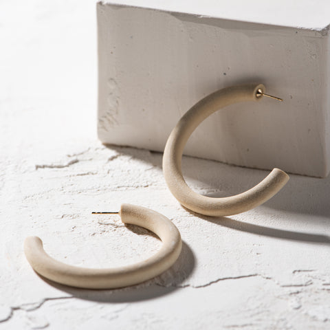 natural colored mango wood hoop earrings