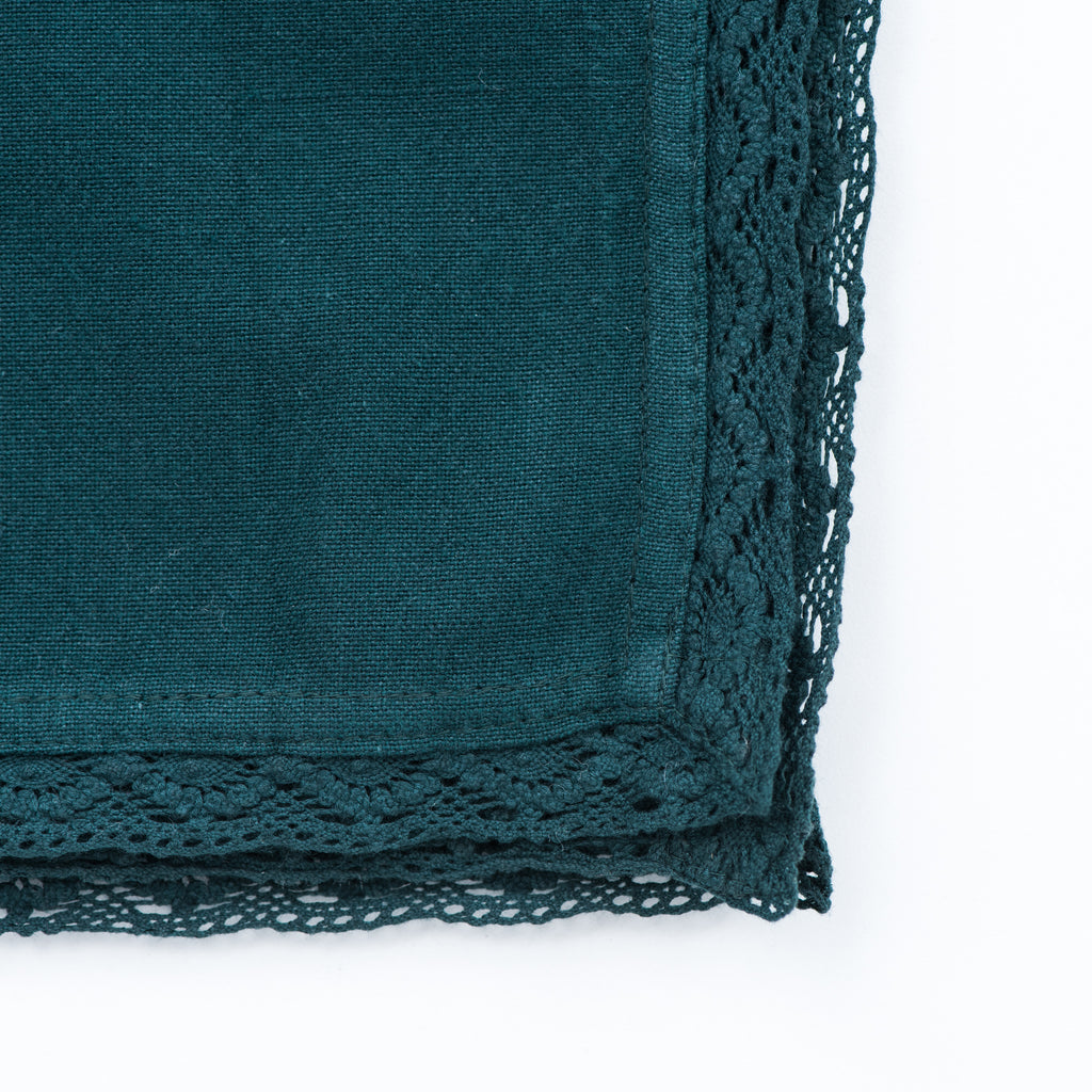 GREEN CROCHET EDGED NAPKINS
