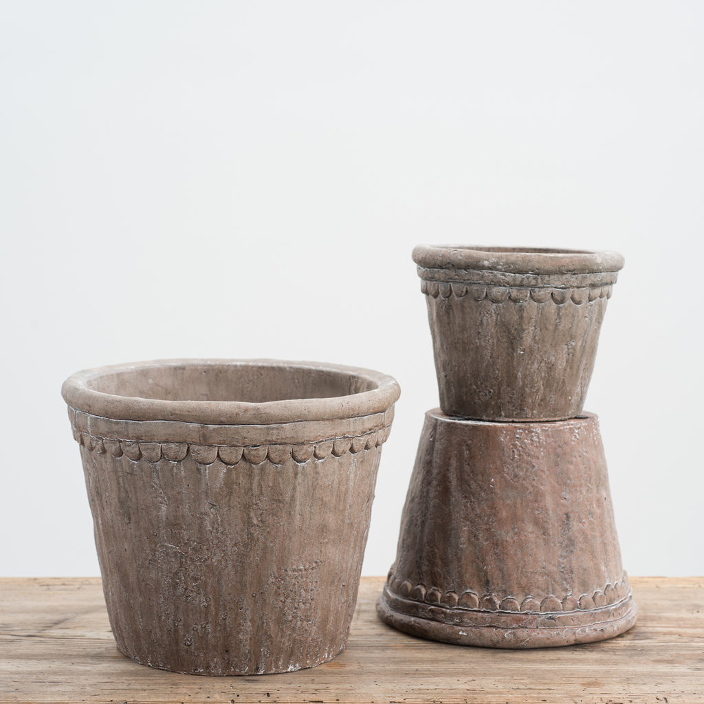 grey terracotta pot with scalloped edge detail