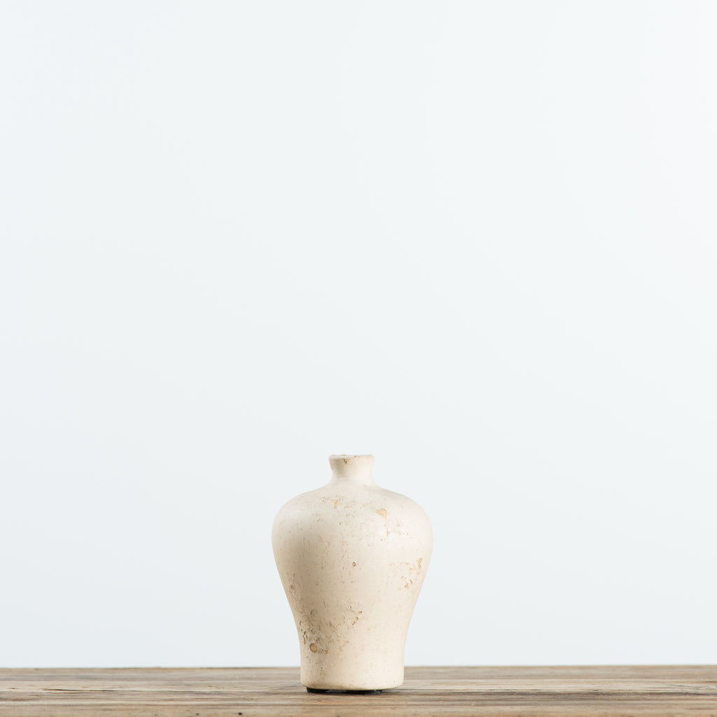 cream ceramic bud vase