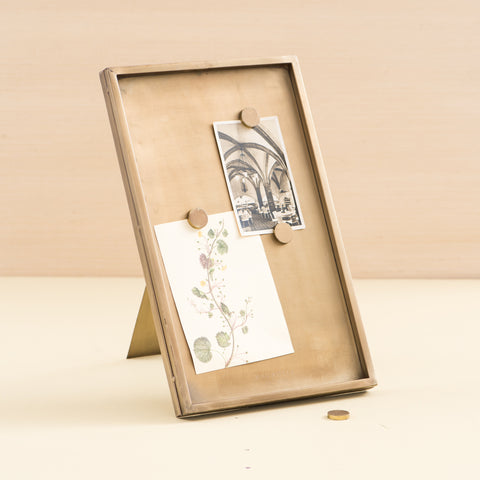 metal magnetic standing memo board with brass finish