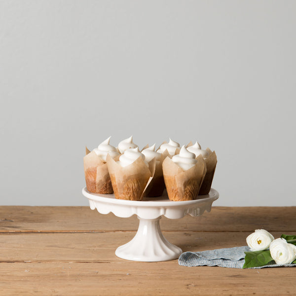 Felicity Cake Stand Magnolia Chip Amp Joanna Gaines