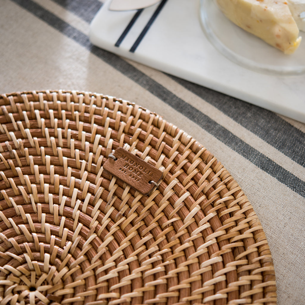 round rattan placemat