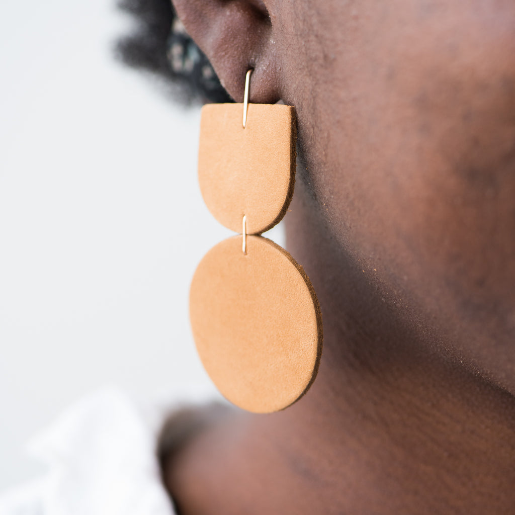 camel colored leather dangly earrings