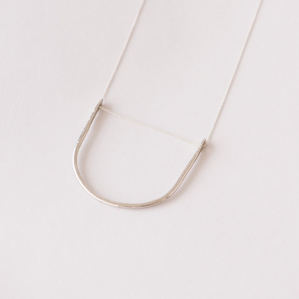 silver arched pendant necklace