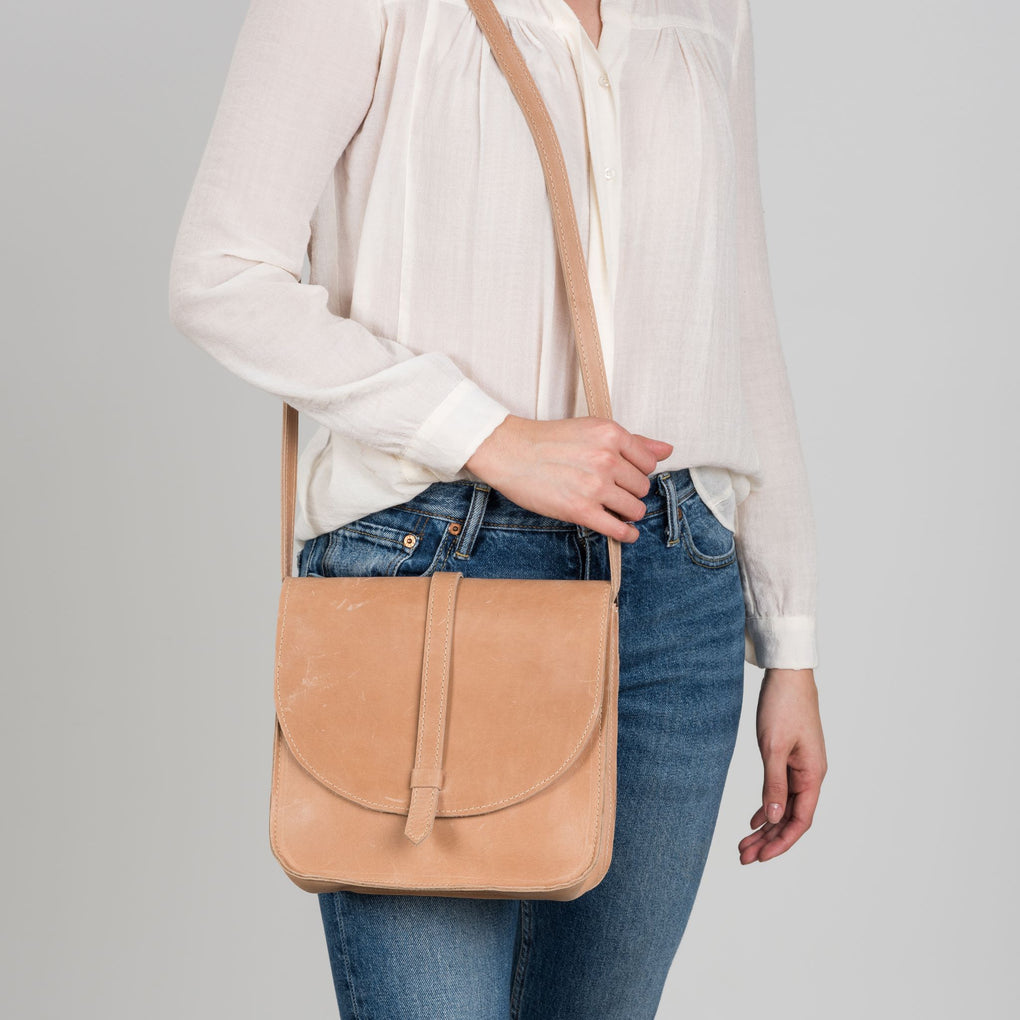 light brown leather crossbody purse