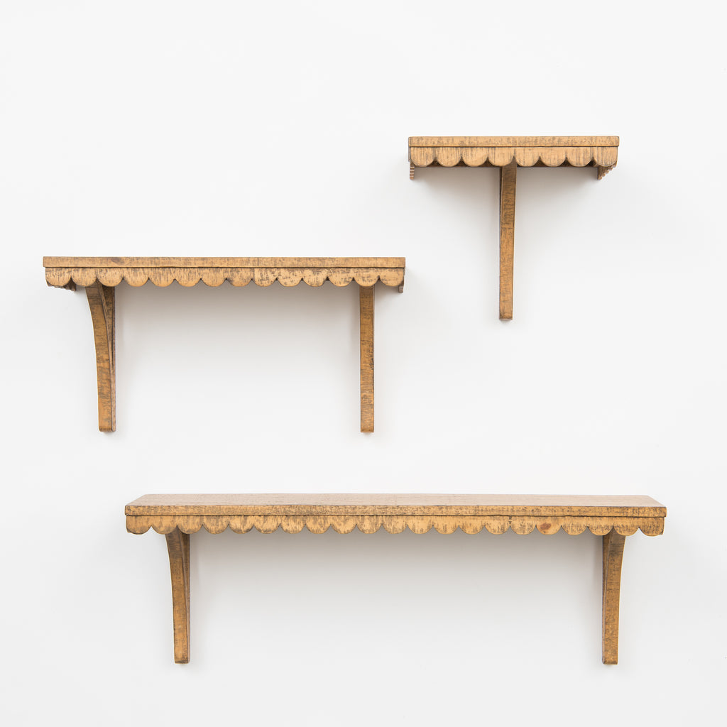 wooden scalloped edge shelf