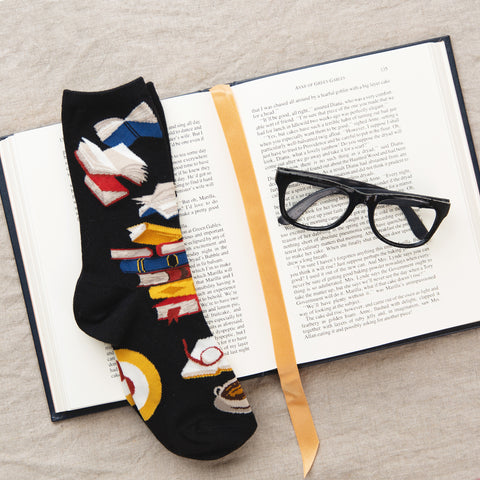 Bibliophile socks for women