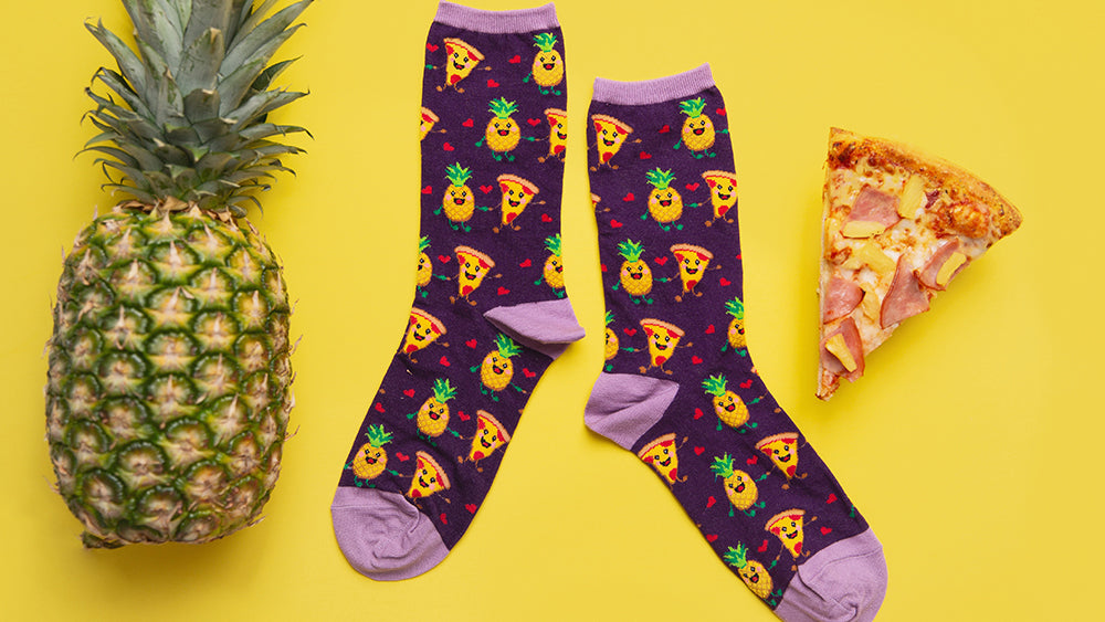 """a pineapple, a slice of pizza and """"pizza loves pineapple"""" women's socks"""