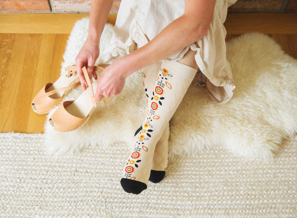 woven pear seamless toe hygge floral socks for women