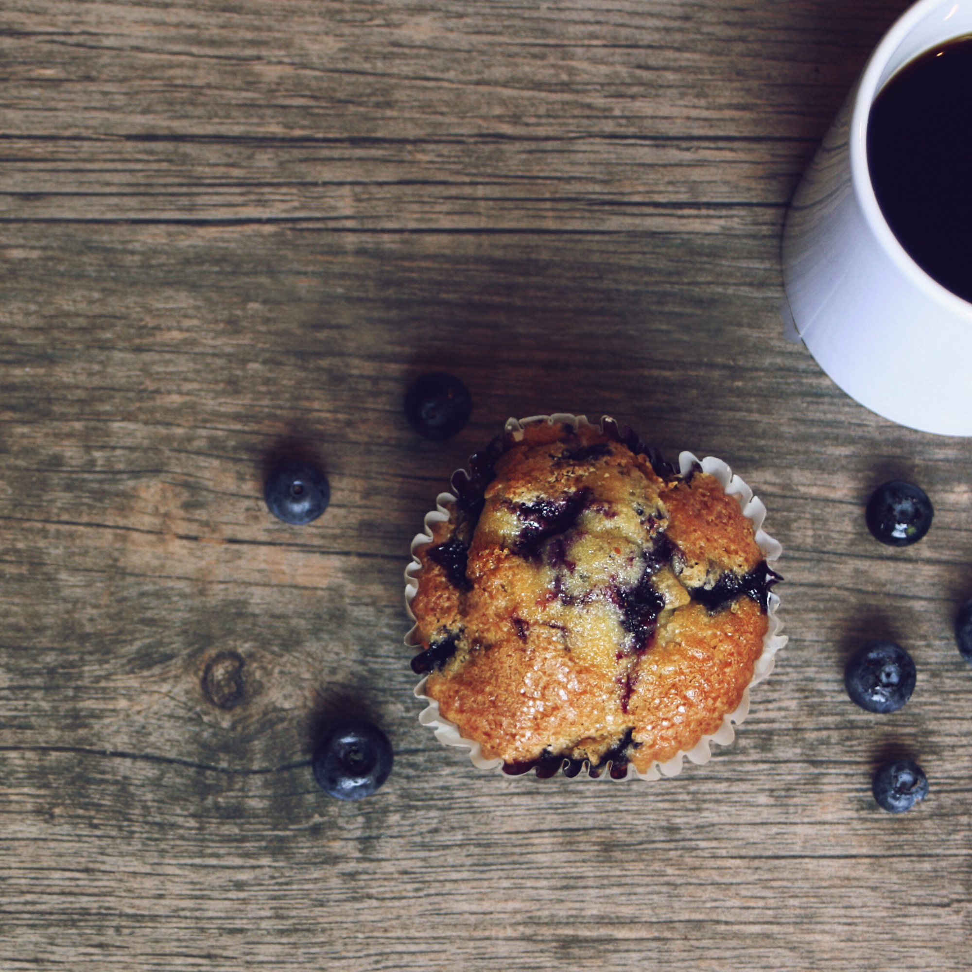 Blueberry Muffins with Crunchy Sugar Topping