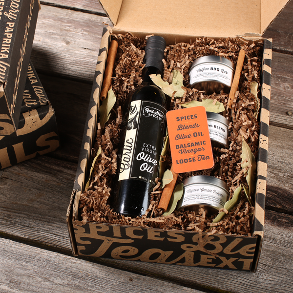 Garlic Oil & Grilling Spice Blend Gift Box