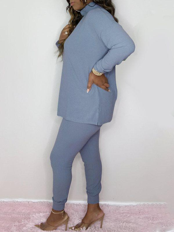 Ribbed Turtleneck Top & Pants Set