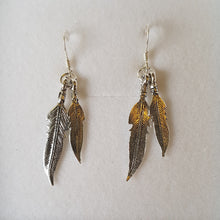 Load image into Gallery viewer, Double feather earrings - Thyme for U