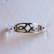 Load image into Gallery viewer, Silver Celtic Knot Ring - Thyme for U