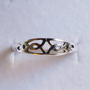 Silver Celtic Knot Ring - Thyme for U