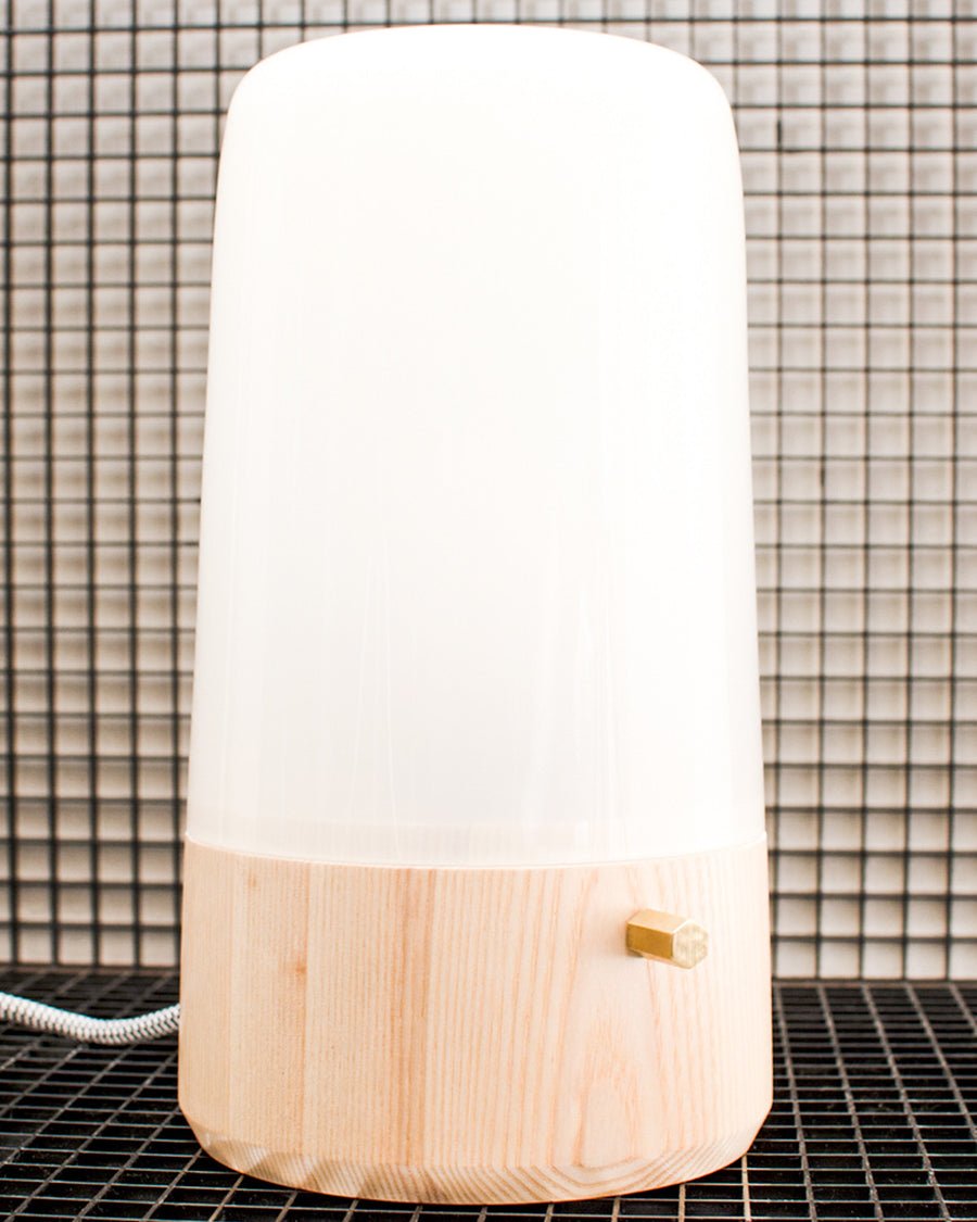 MADAK TABLE LAMP