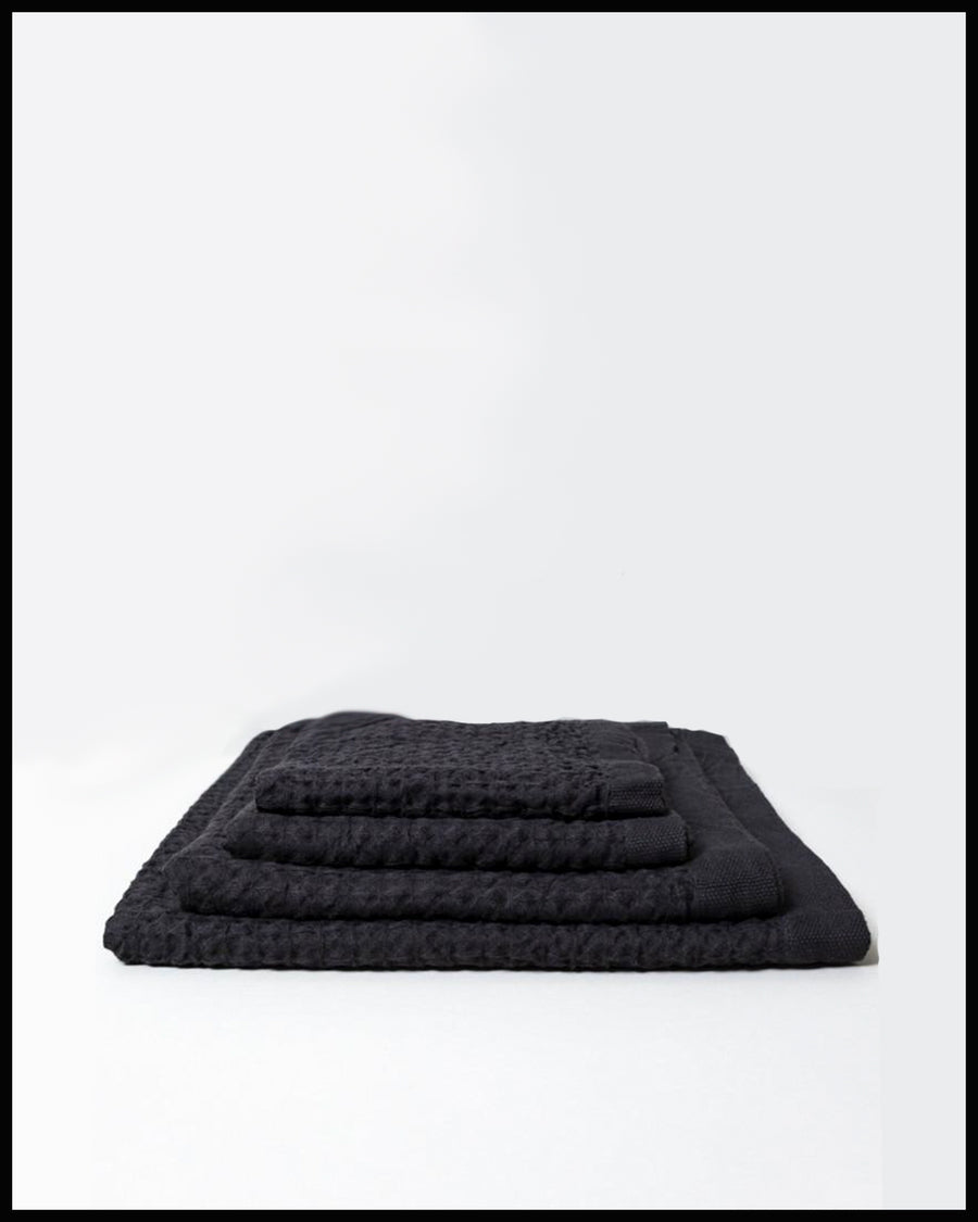 Lattice Linen Towel Charcoal
