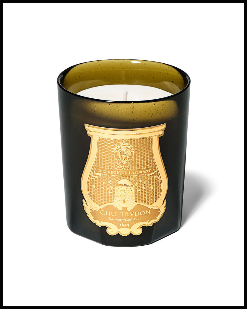 TRIANON Candle (White Flowers)