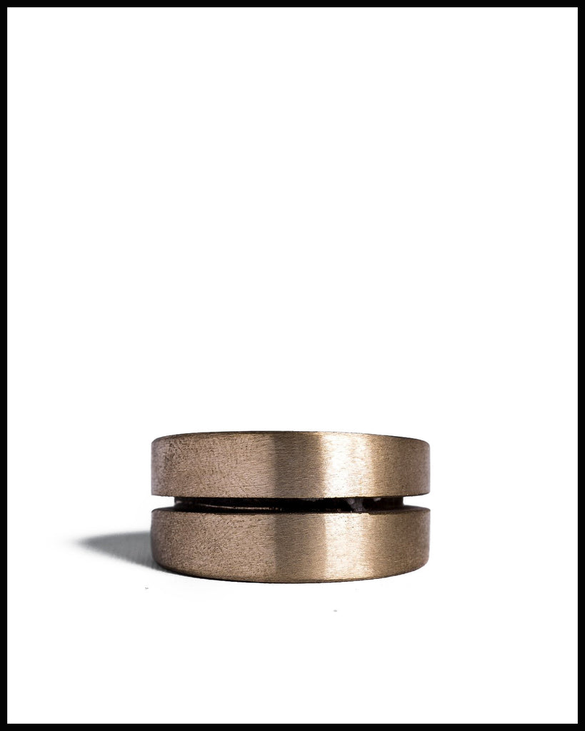 Crevice Ring in Matte Brass