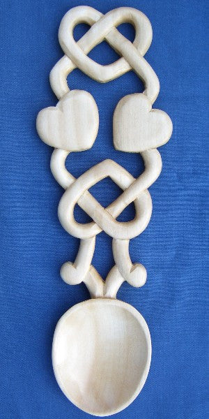 Hearts in Celtic knot