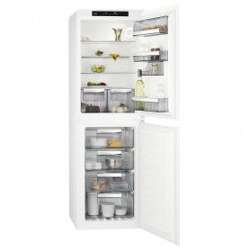 AEG SCS8181ENS FRIDGE FREEZER, INTEGRATED.