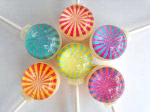 Twirly Whirly lollipops by I Want Candy!