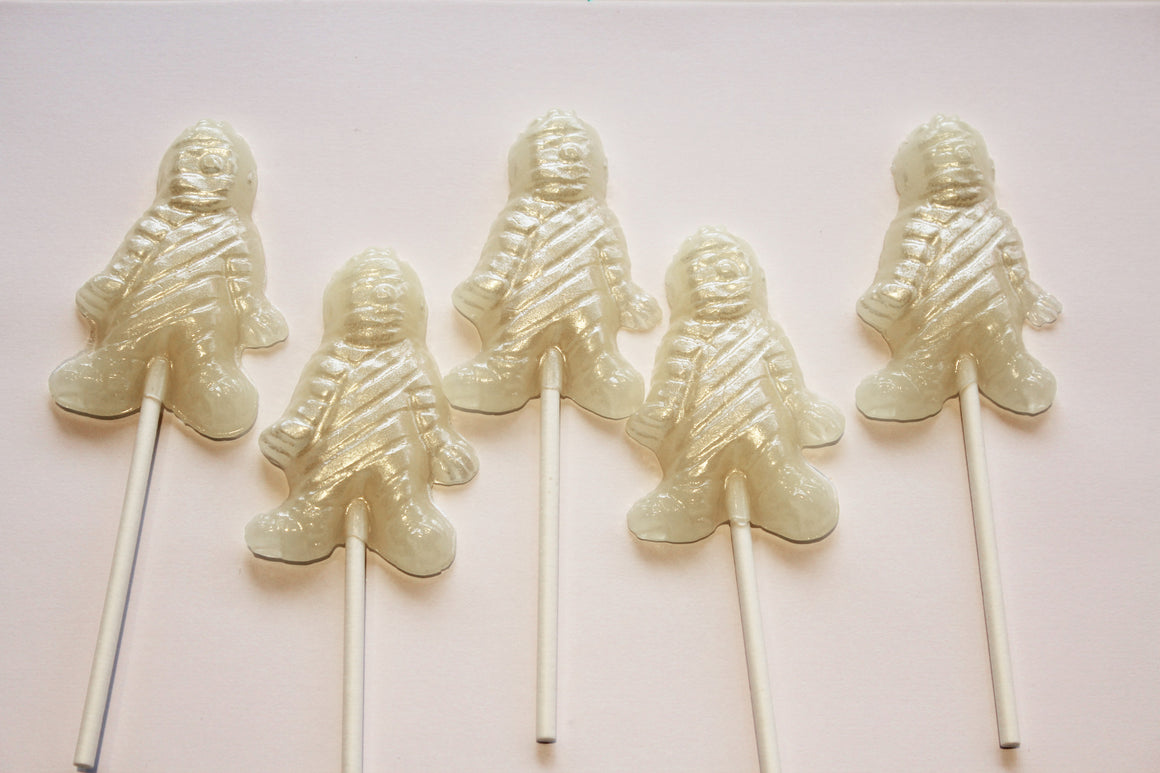 Mummy shaped Halloween lollipops by I Want Candy! (6pc)