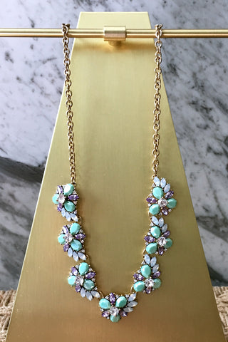 Cam Necklace in Mint