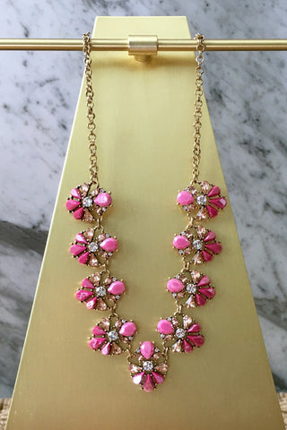 Ani Necklace in Pink