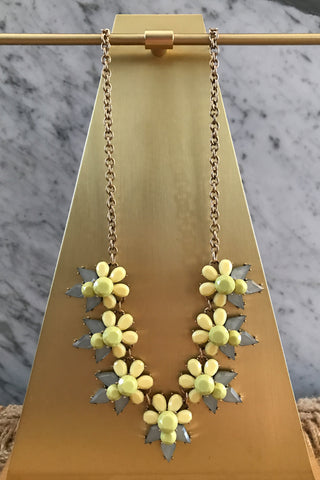 Fiona Necklace in Yellow