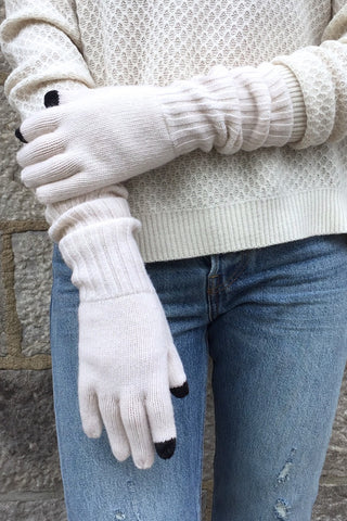 Snowy Owl Texting Gloves in Natural