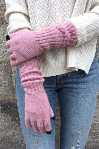 Snowy Owl Texting Gloves in Whisper Mauve