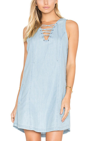 Jack by BB Dakota Lion's Roar Dress in Denim