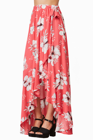 Jack by BB Dakota Flower Bomb Skirt in Coral