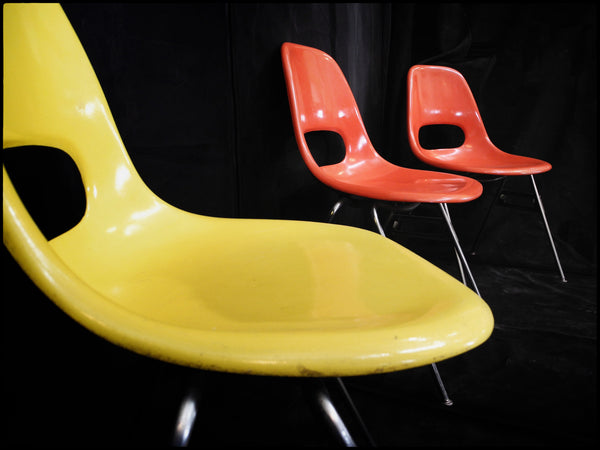 Krueger Fiberglass Mid-Century Chair with Chromed Legs