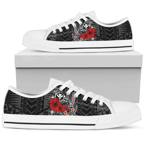 Image of Polynesian Hawaii  Kanaka Maoli Low Top Shoe - Humpback Whale with Hibiscus (White)