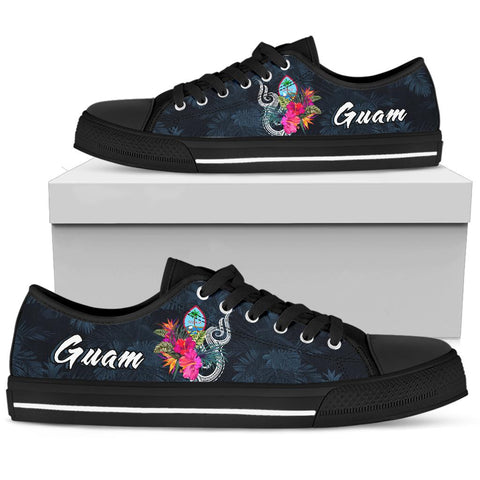 Guam Polynesian Low Top Shoe - Tropical Flower
