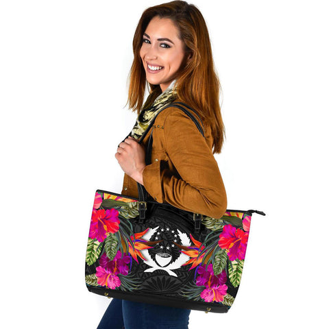 Pohnpei Large Leather Tote - Polynesian Hibiscus Pattern - BN39