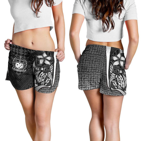 Samoa Polynesian Women's Shorts White - Turtle With Hook